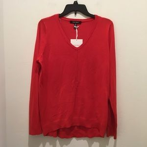 Ellen Tracy Vneck sweater top, NWT